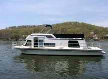 Lake of the Ozarks Houseboats