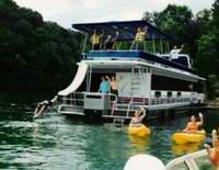 Shuswap Houseboat Rentals