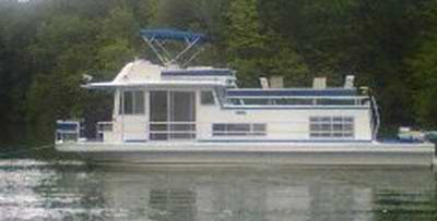 House Boat Owners Manuals - a Gibson Houseboat model.