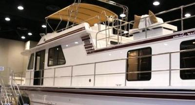 Buying a big houseboat to live on