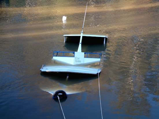 Sinking, or Sunk Houseboats are really BAD