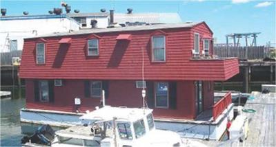 Boston Houseboat Barge - house barge  needs a new owner