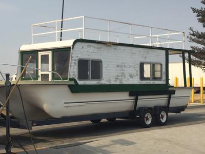 A classic Yukon Delta houseboat