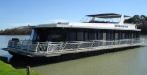 Building a large houseboat, some perspective about size.