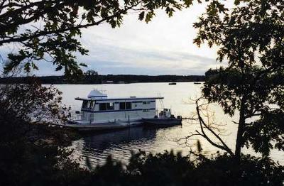 Houseboat Holidays - a great rental vacation