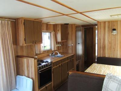 Houseboat Holidays   The Pontoon Rental Boat Interior Part 94
