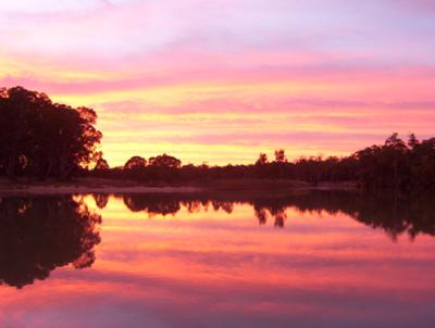 Houseboat Sunsets - Sunset from Murray River house boats.