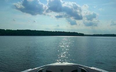 Houseboating on Lake Wylie, South Carolina