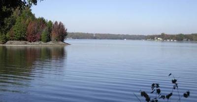 Fall houseboating on Lake Wylie, SC, USA