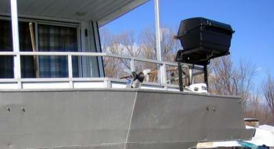 Houseboat BBQ installed on the Bow