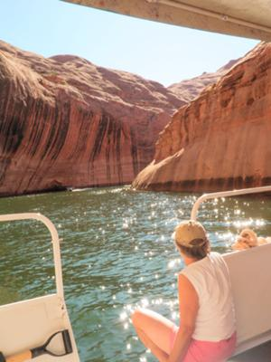 Houseboating - Davis Gulch, Escalante River Arm