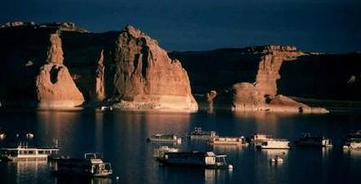 Lake Powell Houseboat Rentals - vacation on a big rental boat