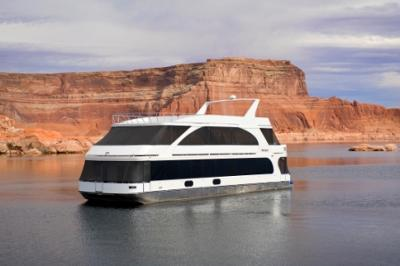 75' x22' Luxury Houseboats on Lake Powell