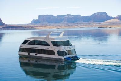 Luxury Houseboats New Bravada Yachts By Compass North
