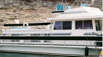 A typical Nautaline houseboat cruiser.