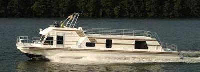 New Fiberglass Houseboats - fast, fuel efficient, spacious