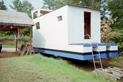 Build your own Pontoon Houseboat.