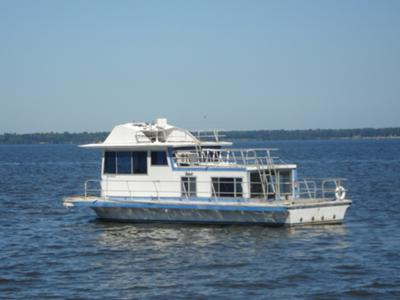 Houseboat Propellors - what size, and where to get good props?