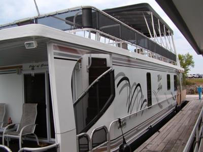 Solar panels and power installation options on houseboats.