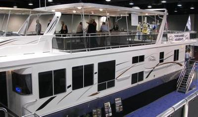 Thoroughbred houseboat models are nice house boats.