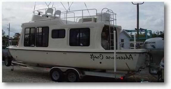 Trailerable Houseboats, small trailer boats