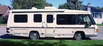RV Road Trip all about Houseboats - camper Motorhome