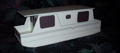 Building Plans for a Trailerable Houseboat (1/12 scale model)