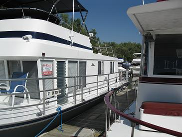 Classic Houseboats - how to insure or find insurance