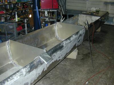 Construction and Welding of Aluminum Houseboat Pontoons.