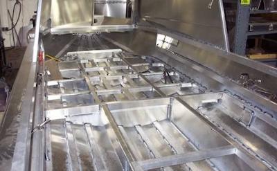 Houseboat Hulls- sample of aluminum boat construction
