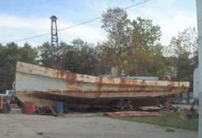 Houseboat Hulls- sample of steel boat construction