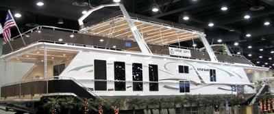 Fantasy Houseboats are luxurious Fantasy Yachts!