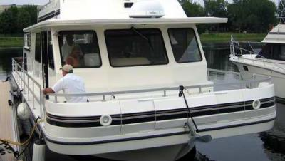 A great bow on Gibson Houseboats.