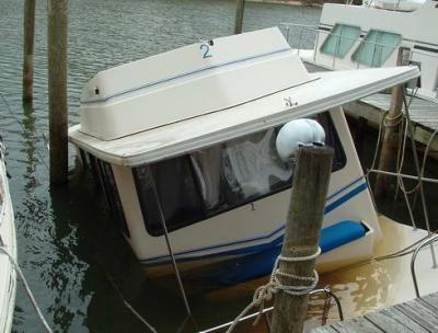 Gotta check those Bilge Pumps on a Houseboat!