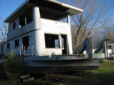 Help identifying an older houseboat hull ID number?