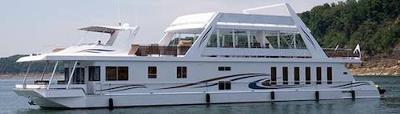 Custom Aluminum Houseboats - quality, style, and safety