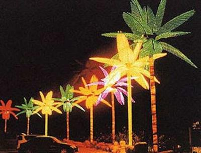Lighted decorative palm trees for houseboats