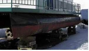 Sample of older steel houseboat pontoons