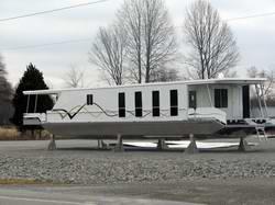 Full Hull Houseboat Designs