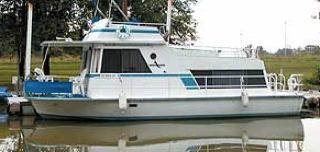 A typical clean looking Kingscraft houseboat.