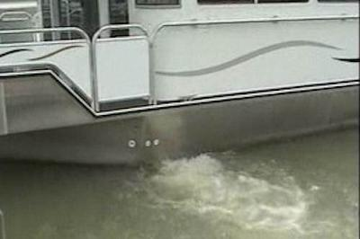 Houseboat Thruster Power - feel the thrust and control