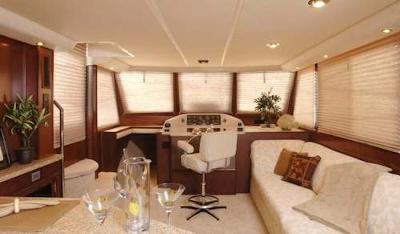 The Luxurious Interior of Gibson Houseboats