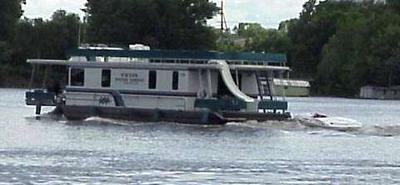 Tow slow, OR tow full speed with houseboats