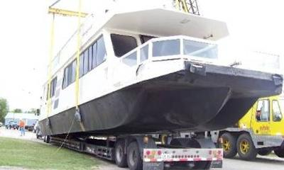 Houseboat Transport - small, medium, large house boats
