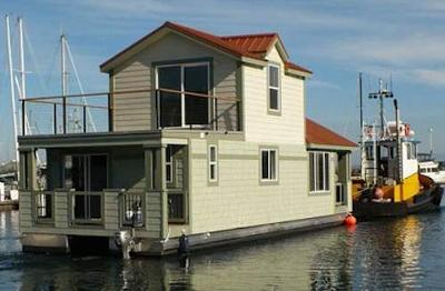 Houseboats For Sale - floating home house boats